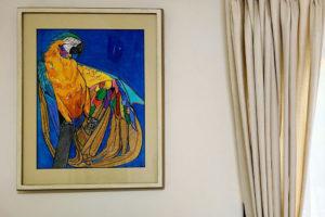 もんでんゆうこのブルーインコのアクリル画の飾ったイメージ